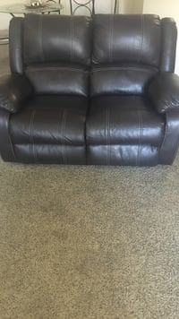 Brown leather 2-seat sofa Tucson, 85711