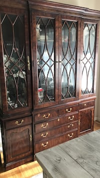 China  Cabinet Selden, 11784