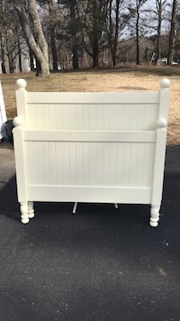 Pottery barn kids Catalina twin bed headboard and footboard only ivory Armonk, 10504