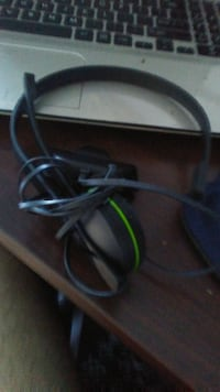 Xbox One Headset ( Great Condition ) MONTREAL