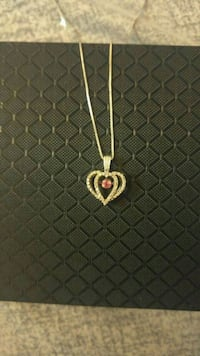 10kt Karat White Gold Necklace With Pendent 3743 km