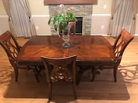 Dining table Gainesville