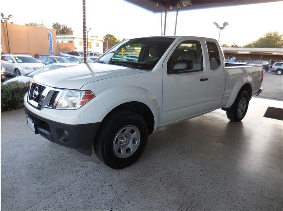 used 2013 nissan frontier king cab sv pickup in anaheim. Black Bedroom Furniture Sets. Home Design Ideas
