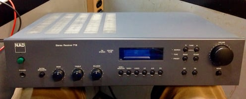 NAD STEREO RECEIVER 712
