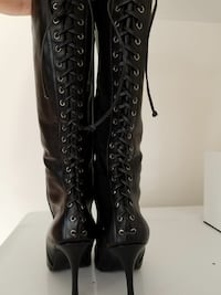 women's black leather back-laced stiletto boots size 7.5