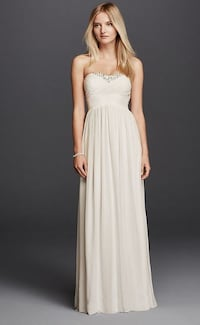 New David's Bridal weddng dress size 8  Alexandria