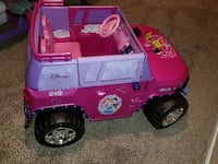 toddler's pink and purple Disney ride on toy car Upper Marlboro