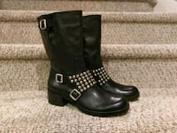 NEW 9.5B Leather Boots,  Women's  Woodbridge, 22193