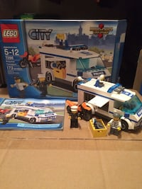 Lego City toy set Hampstead, 21074