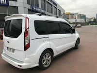Ford - Tourneo Connect - 2015 8460 km