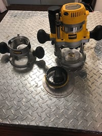 DeWalt FIXED BASE PLUNGE ROUTER COMBO KIT. NO LOWBALLERS NO TRADES IN-STORE PICK UP ONLY Chicago, 60623