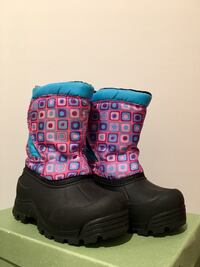 Northside Girl Winter/Snow Boots-size 10, excellent conditions. 15 km