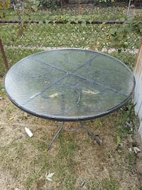 Glass round table inside or outside Baltimore, 21213