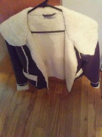 Brown suede sheep jacket $65.00 Montréal, H1P 2W8