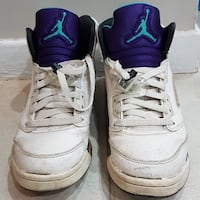 pair of white Air Jordan basketball shoes Mississauga