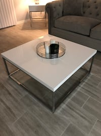 Coffee Table — GENTLY USED!!  Paradise Valley