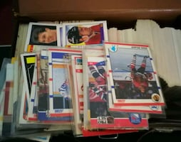 500+ Canadian hockey cards collection