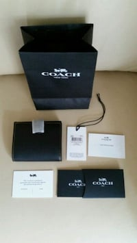 BNWT Coach small trifold wallet  Toronto, M2M 3X4