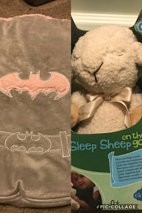 Pink Batman car seat cover and Sleep sheep on the go 3115 km