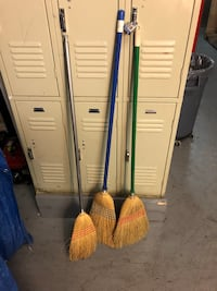 Three brooms Washington, 20011