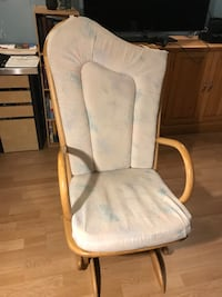 Baby Rocking chair Laval, H7E 1R1