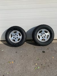 "GM 16"" 6 bolt wheels c/w snowtires Langley Twp, V4W 1T3"