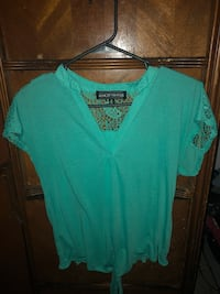Almost famous teal top 234 mi