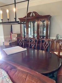 Thomasville dining table and chair set Huntersville, 28078