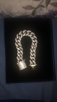 FULLY ICED OUT CUBAN LINK BRACELET!!