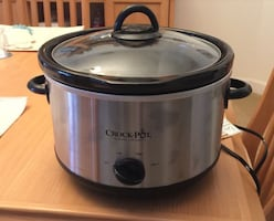 Crock pot (6 qt)