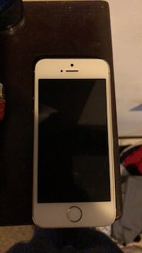 iPhone 5s white and gold call- [PHONE NUMBER HIDDEN]  for more info Saugus, 01906