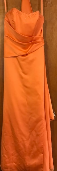 Evening or prom gowns,size small/medium.Orange &Red.$15 each Sherwood, 72120
