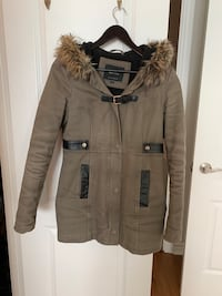 RW & Co Winter coat parka khaki green with fur size XS Toronto, M9C 1B8