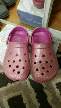 Child sandals size 34 Burnaby, V5H 4T5
