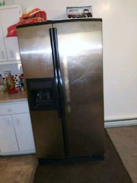 stainless steel side-by-side refrigerator with dis Midvale, 84047