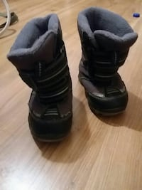 toddler's black-and-brown velcro snow boots Edmonton, T6J