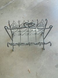 Metal magazine  rack  Louisville, 40299