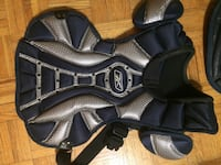 pair of black leather open-toe sandals Mississauga, L5G 3X7