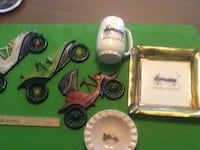 Assorted wall decor and table miniatures Youngstown, 44512