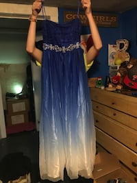 Lady strapless prom dress size 13/14 color blue and white  Kunkletown, 18058