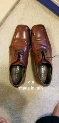 pair of brown leather dress shoes Gaithersburg