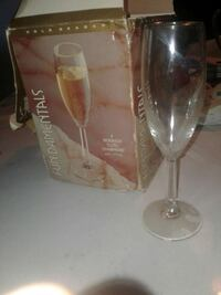 clear flute glass with box