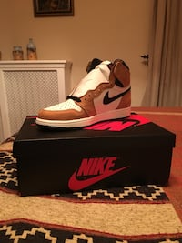 Air Jordan 1 Rookie of the Year Size 9 37 km