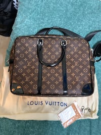Brand New Louis Vuitton Messenger Bag AAAA  Toronto, M5B 2N2