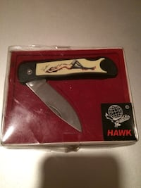 REDUCED $$ PIN UP GIRL VANESSA KNIFE RETIRED (HAWK)