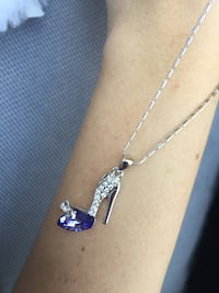 women's silver and amethyst pumps pendant with necklace