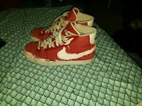 red-and-white Air Jordan basketball shoes Creston, 50801