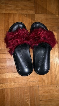 women slippers size 7 1/2 Toronto, M3A 2Y3