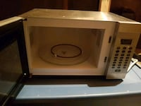 white and black microwave oven Ottawa, K4A 0H8