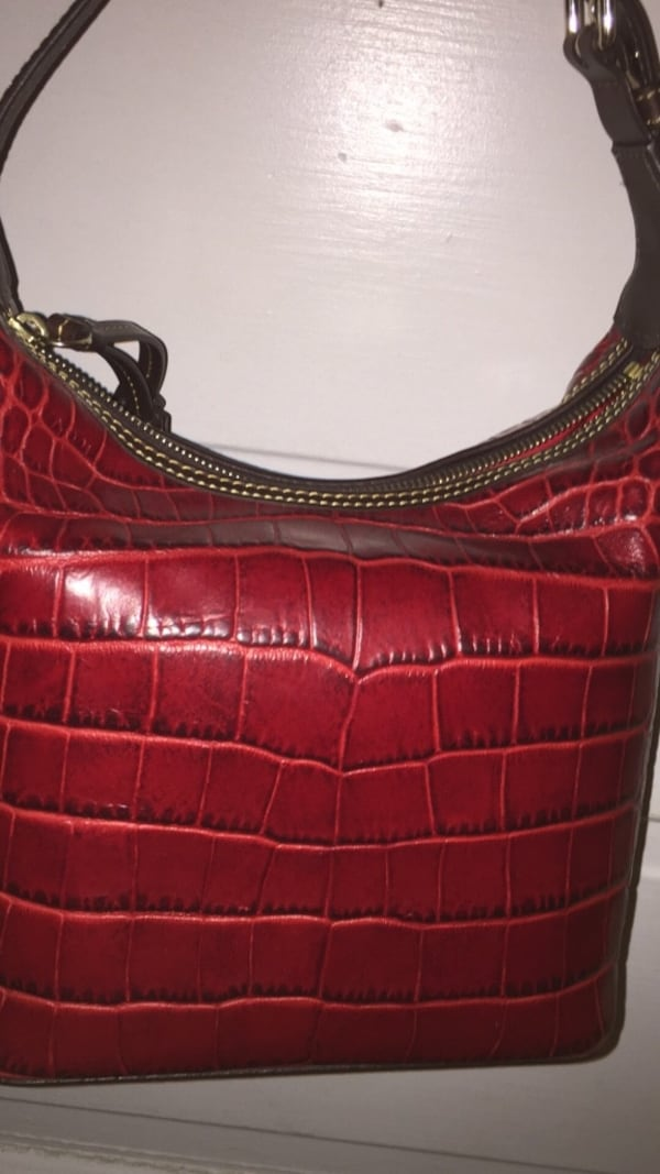 Women's red leather hobo bag ae7bcec4-94b8-4a93-9fd4-0a906b8bb446